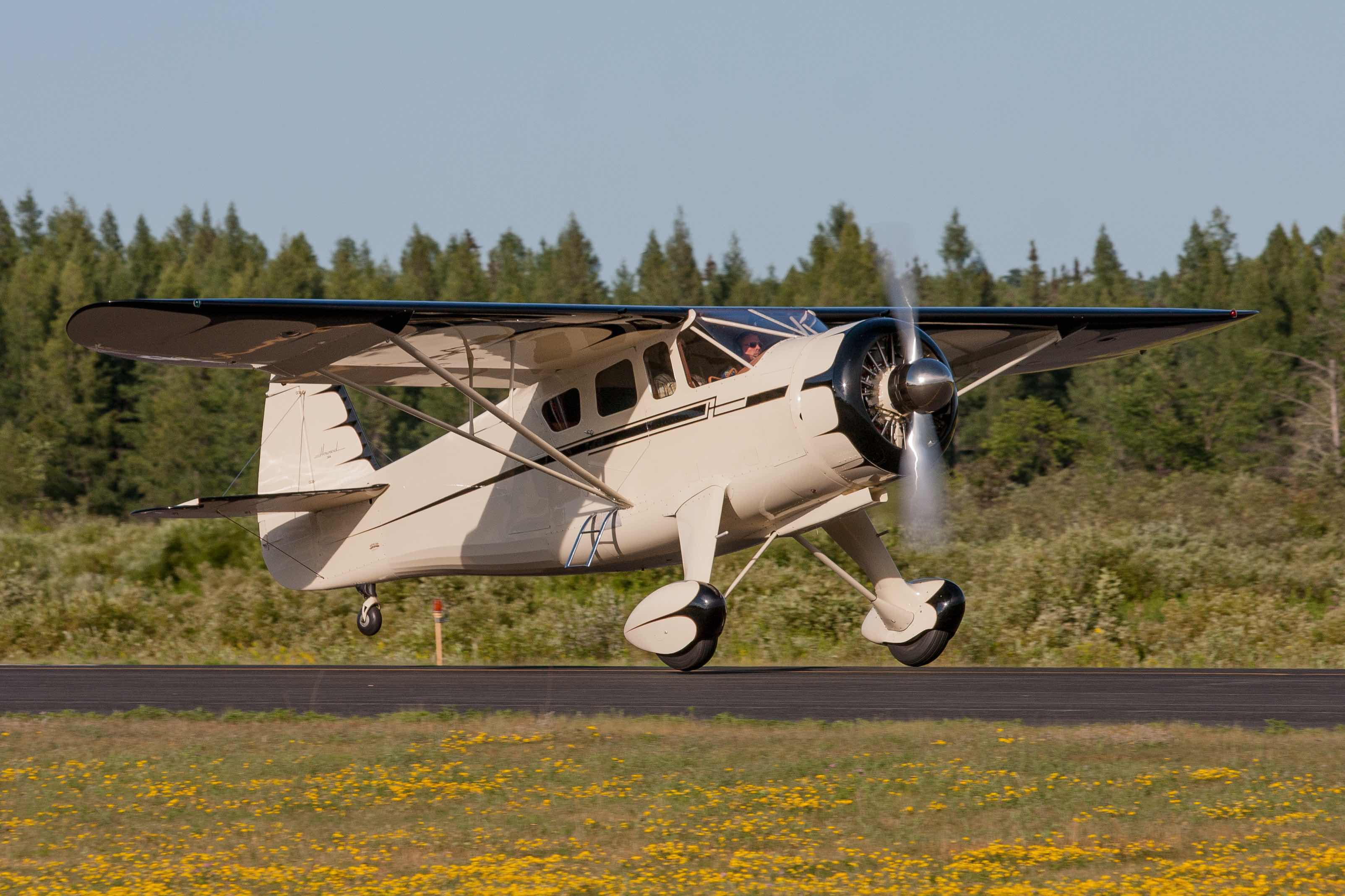 Howard DGA-15 - Howard Aircraft Foundation
